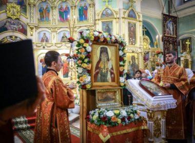 Божественную литургию в день памяти святителя Игнатия Брянчанинова совершили в Андреевском соборе