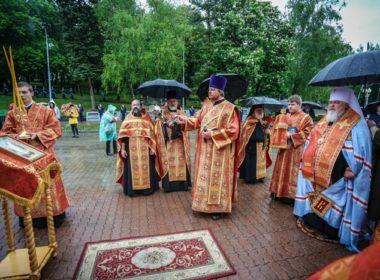 Митрополит Кирилл совершил заупокойную литию по погибшим в годы Великой Отечественной войны