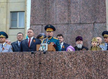 Митрополит Кирилл присутствовал на военном параде в честь 73-летия Великой Победы