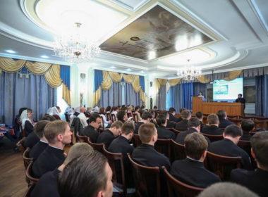 Студенческая конференция открыла программу Свято-Игнатьевских чтений