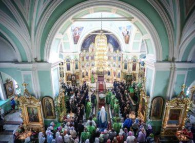 Митрополит Кирилл совершил благодарственный молебен по случаю 100-летия со дня образования пограничной охраны России