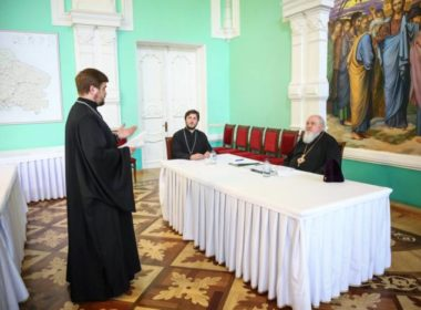 Митрополит Кирилл принял экзамен у выпускников Ставропольской духовной семинарии