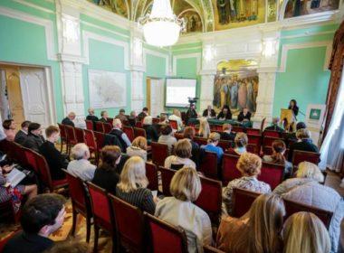 Вепархиальном управлении начала работу секция VII Ставропольского форума ВРНС «Миссия русского языка в современном мире»