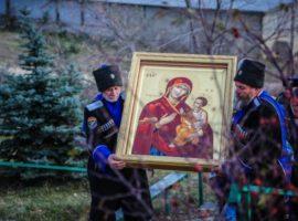 В Петропавловский мужской монастырь Светлограда доставили икону, написанную на Святой Горе Афон