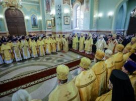 В день 10-летия архиерейской хиротонии митрополита Кирилла в Казанском соборе совершена Литургия