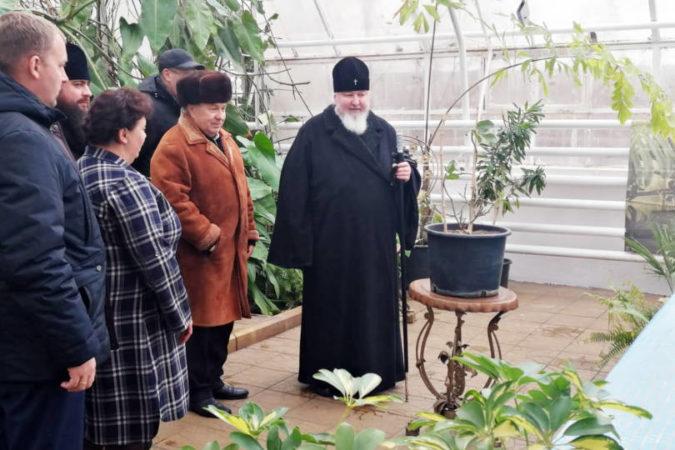 Митрополит Кирилл посетил Ставропольский ботанический сад