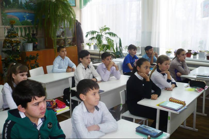 Беседа о святых воинах-защитниках прошла в школе Туркменского района