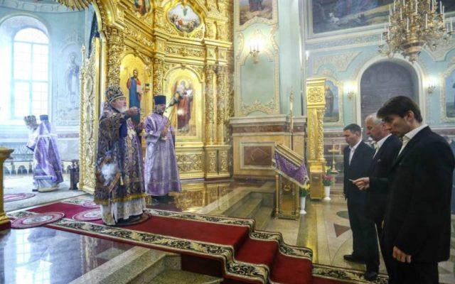 Митрополит Кирилл совершил Литургию в Неделю 5-ю Великого поста