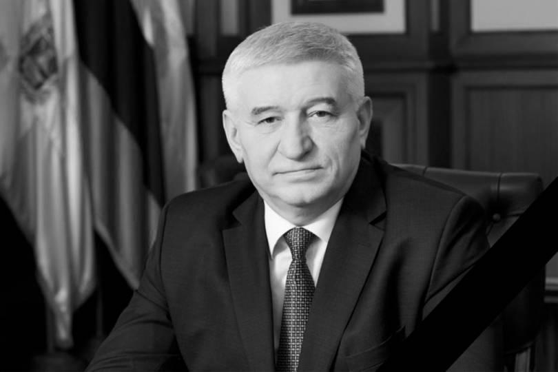 Митрополит Кирилл выразил соболезнование родным и близким главы Ставрополя Андрея Джатдоева