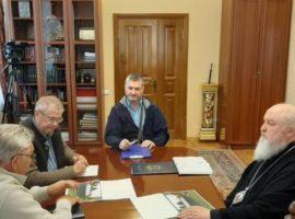 Митрополит Кирилл провел совещание по строительству часовни-оранжереи для отростка дерева Закхея