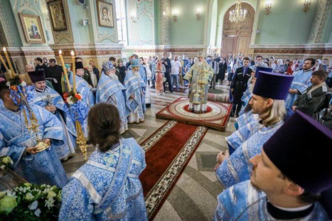 Митрополит Кирилл возглавил Литургию в праздник Рождества Пресвятой Богородицы