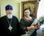 Митрополит Кирилл наградил руководителя информационного отдела епархиальной медалью