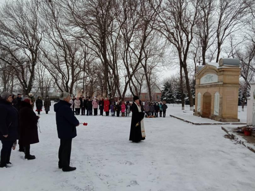 В Донском почтили память защитников села от немецко-фашистской оккупации