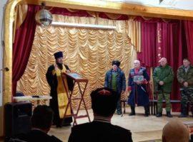 Настоятель благословил работу казачьего круга