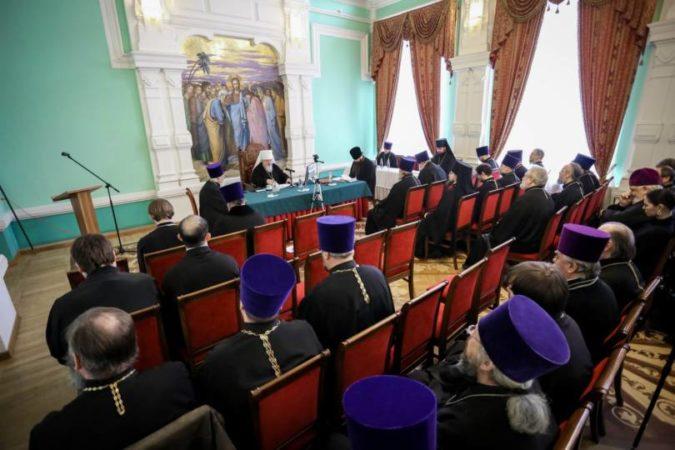 Митрополит Кирилл возглавил работу епархиального собрания