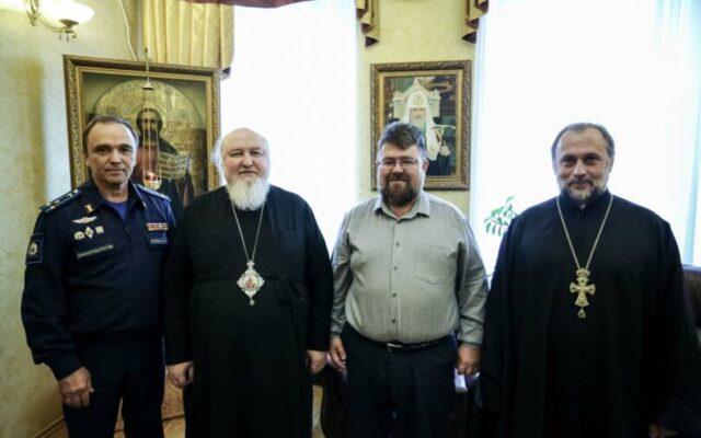 Митрополит Кирилл встретился с начальником Ставропольского президентского кадетского училища