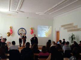 Священник встретился со студентами техникума