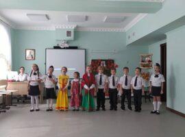 В Свято-Владимирской гимназии отпраздновали Покров Богородицы