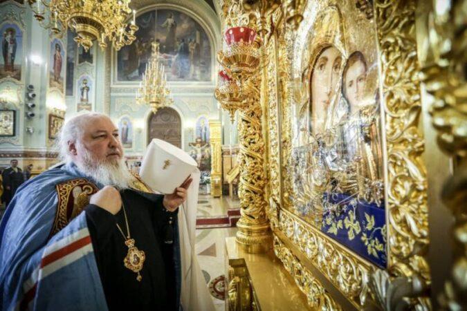 Митрополит Кирилл совершил Божественную литургию в Казанском соборе Ставрополя